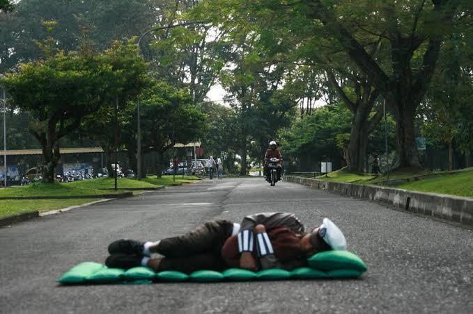 Polisi Tidur Bikin Kesal, Sungguh!