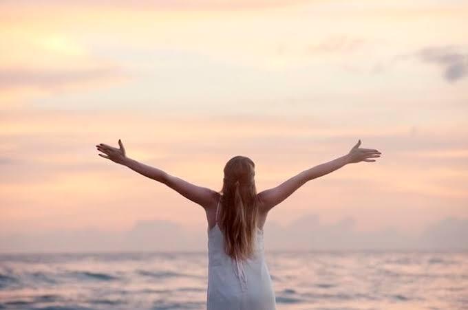 5 Cara Merelaksasi Diri Dari Patah Hati yang Berlebihan, Wajib Dicoba GanSis!