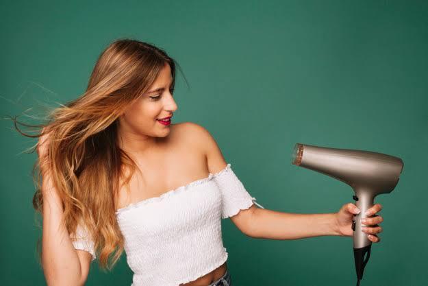 Terungkap ! Bikin Penasaran, Inilah Penampakan 'ANEH' Hairdryer Di Masa Lalu
