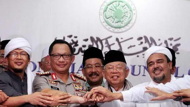 If You Can't Beat Them, Join Them Apakah Masih Relevan?