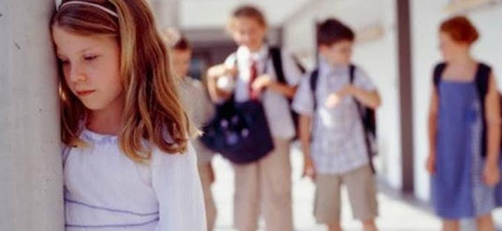 Prestasi Anak Menurun Saat Memasuki Dunia SMA? Ini Dia Beberapa Penyebabnya.