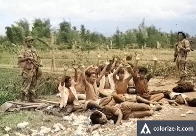 Foto jadul perang kemerdakaan versi di warnai