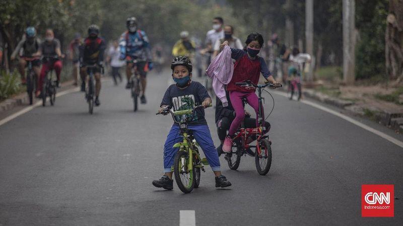 FOTO: Tumpah Ruah Warga di Car Free Day