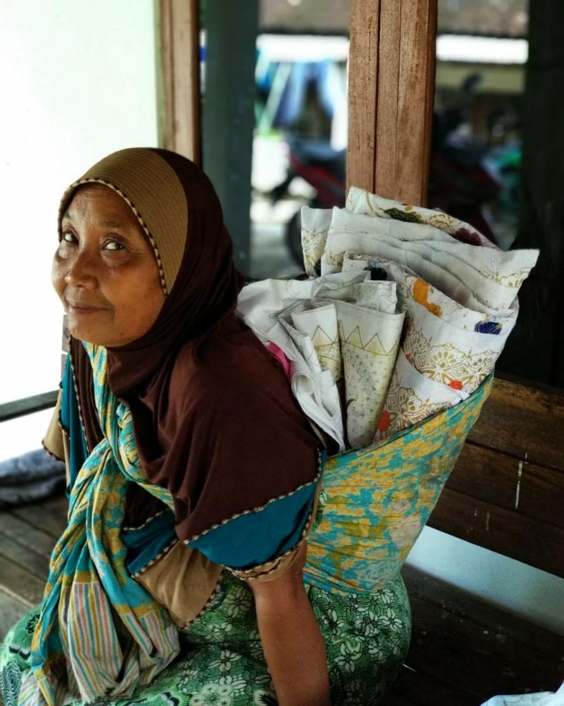 Pengrajin Batik Dari Desa Untuk Indonesia