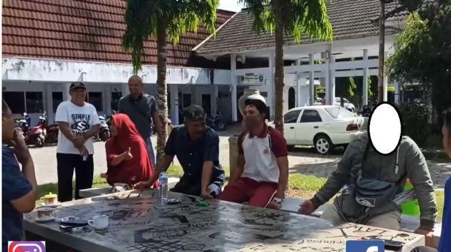 Anak Polisikan Ibu Kandung Gara2 Motor, Polisinya Nolak: 'Kita Bukan Anak Durhaka'