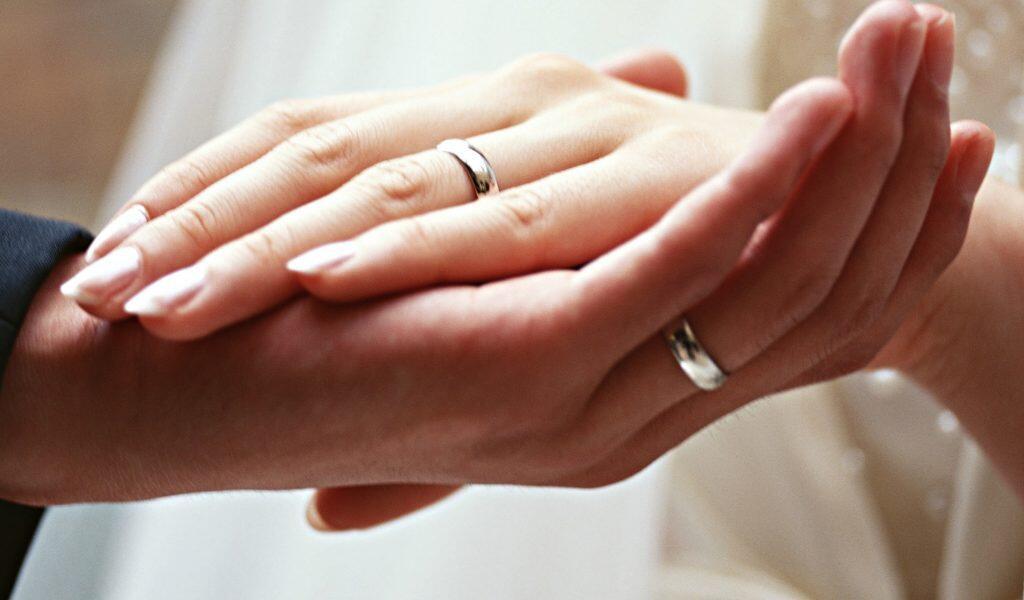 Mengingat Sakralnya Sebuah Pernikahan, Buatlah Mahar Dengan Sesederhana Mungkin