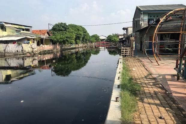 Sheet Pile Terbengkalai, Ratusan Warga Tegal Alur Resahkan Air Laut Pasang