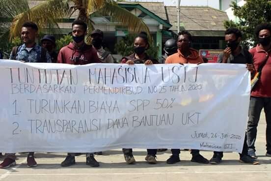 Mahasiswa Ustj Tuntut kepada Lembaga Untuk mengurangi pembayaran Uang SPP