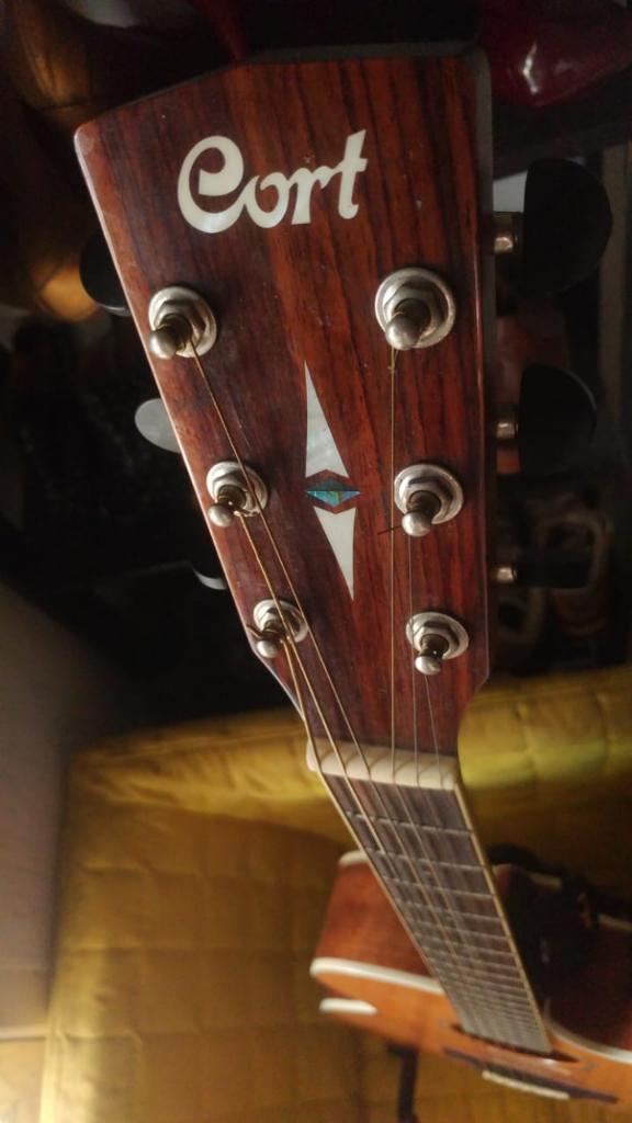 [Coc Bisnis] Kisah Corona dan Gitar-gitar Ane