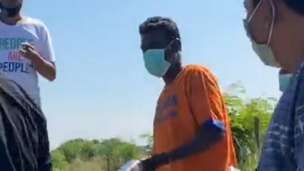 Pelaku Pembakar Mobil Via Vallen Dihadirkan di TKP, Keluarga Via Vallen Emosional