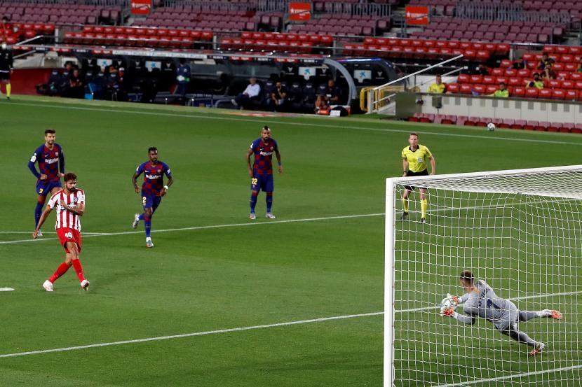 GILA! 4 Penalti Lahir di Pertandingan Barcelona vs Atletico Madrid