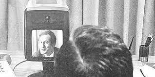 Mengenang 50 Tahun Panggilan Konferensi Video Pertama Di Dunia !!