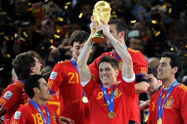 Ingat Piala Dunia Tahun 2010? Ini Dia Kesan Tak Terlupakan Tentangnya Versi Saya!
