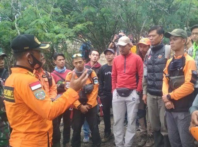 Misteri Pendaki Hilang Di Gunung Guntur, Ditemukan Telanjang.