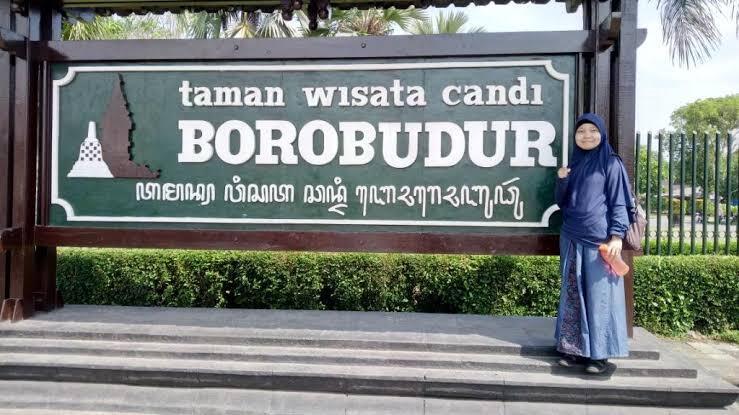Tiket Bule Masuk Borobudur Lebih Mahal Dari Lokal, Bikin Bule Kapok Ga?