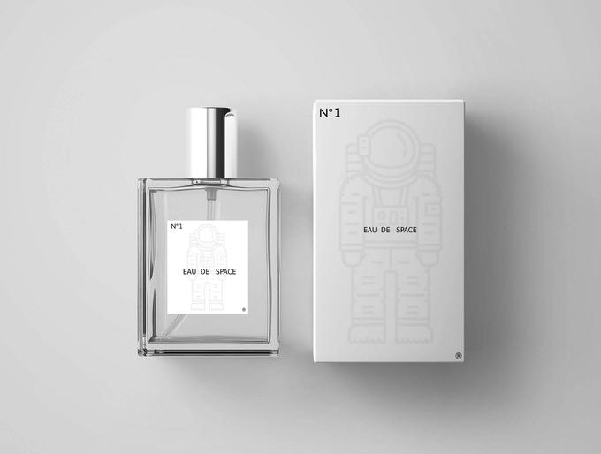 Eau de Space si Parfum Bau Luar Angkasa
