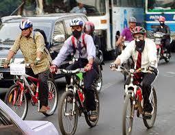 Tren Sepeda, Indonesia Rasa Belanda