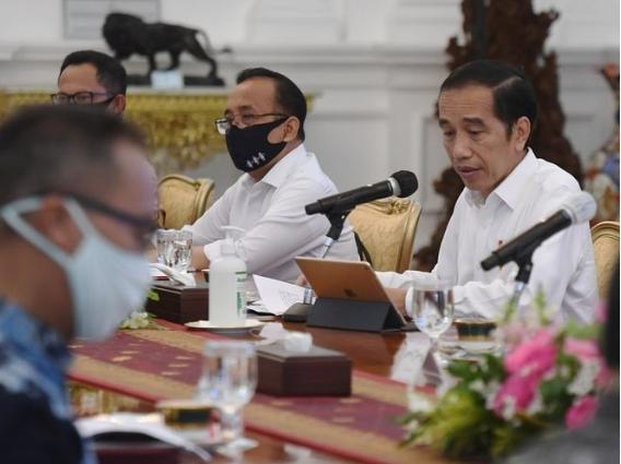 Jokowi Sebut Menterinya Seperti Cuti Saat WFH