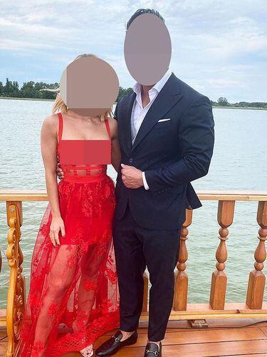 Viral Wanita Menggunakan Gaun Transparan Di Acara Pernikahan