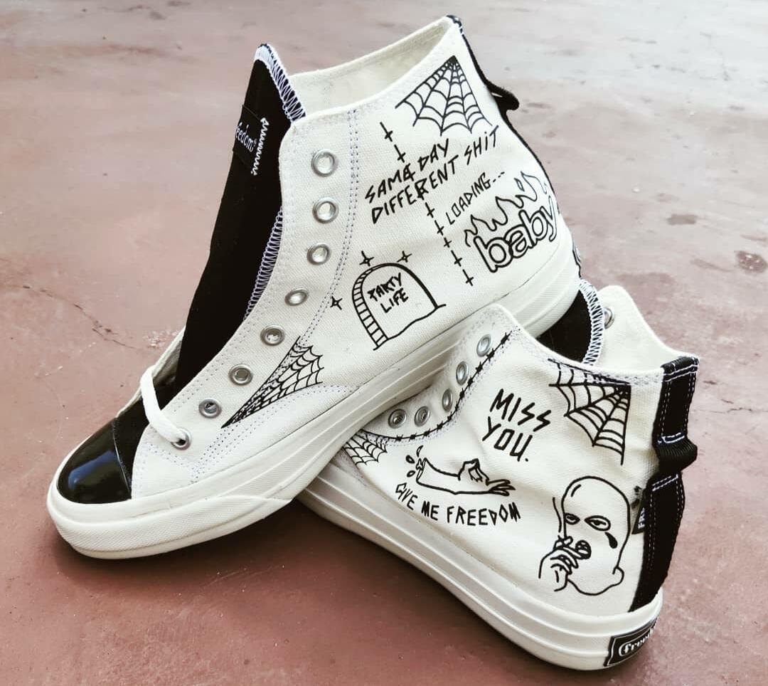 Konsep Sepatu Lokal Coret-Coretan