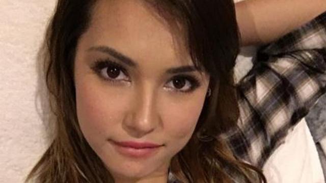 Bintang Film Dewasa Tobat, Ada Yang Diancam Oleh ISIS Sampai Ingin Menjadi Pastur.
