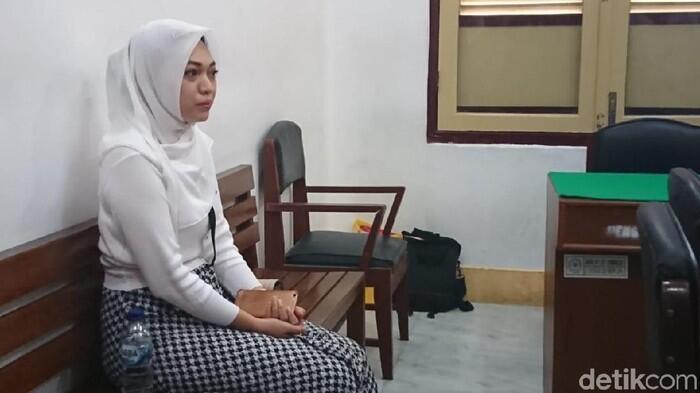 Tagih Utang 'Bu Kombes' Lewat IG, Febi Dituntut 2 Tahun Penjara