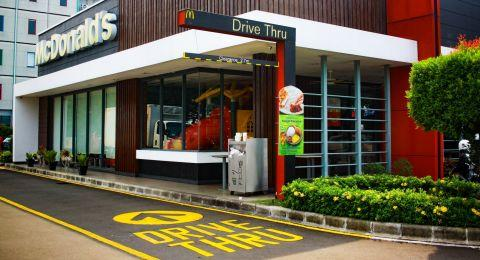Pengancam Bom McDonalds Makassar Ditangkap di Masjid ...
