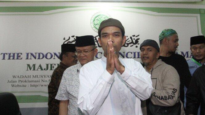 Soal Hukum Kalung Anti Corona, Begini Penjelasan Ustaz Abdul Somad