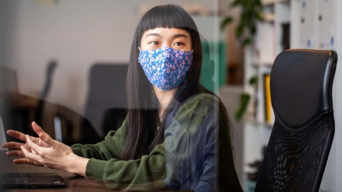 Ingin Tahu Apakah Masker Wajahmu Efektif? Lakukan Tes 1 Detik Ini
