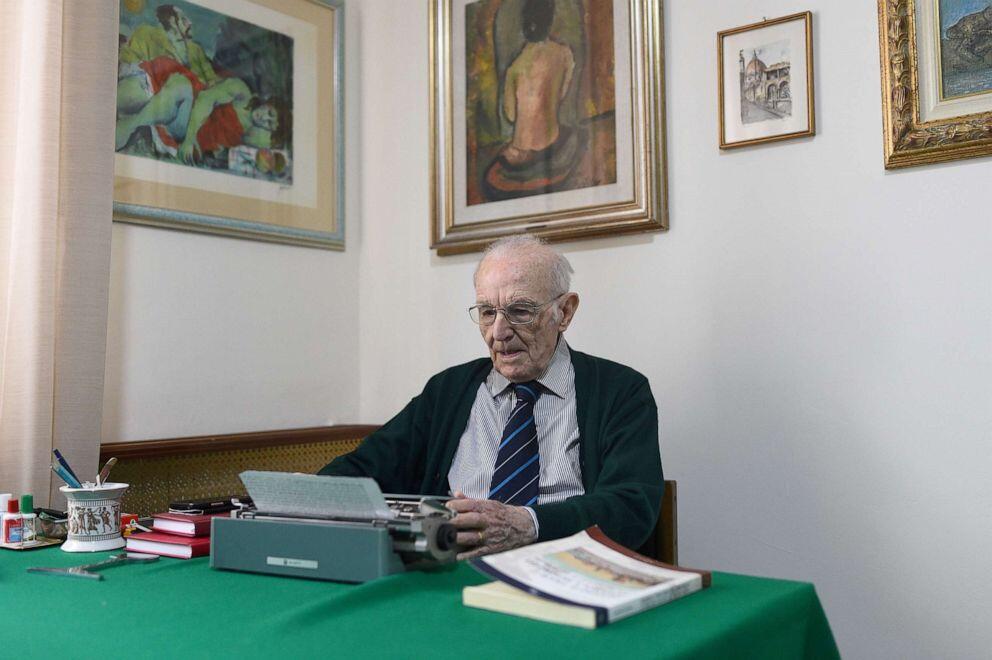 Giuseppe Paterno, Si Peraih Gelar Sarjana di Usia yang Nyaris 100 Tahun!