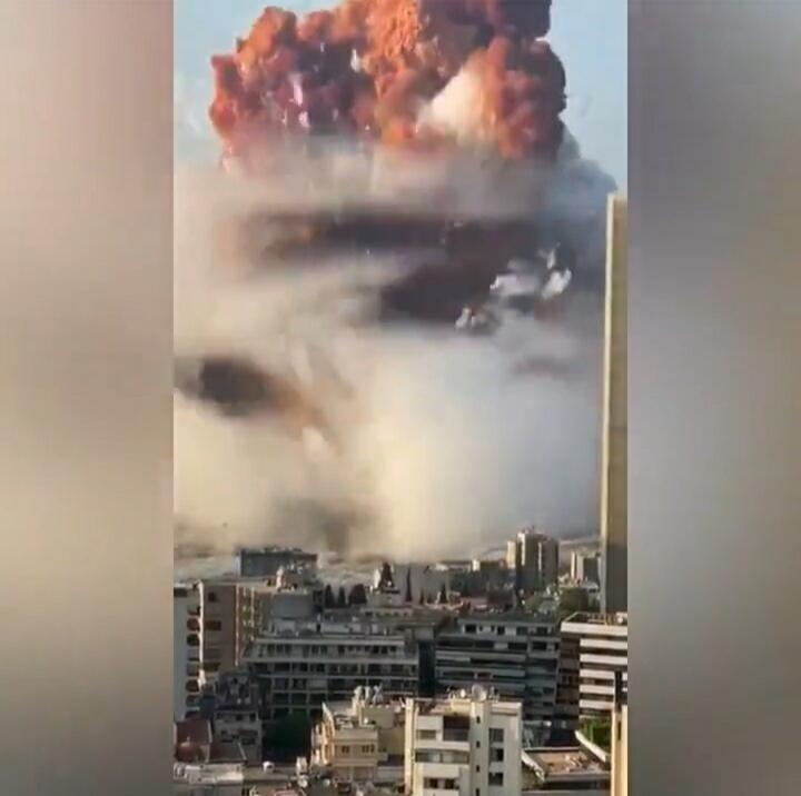 Mengerikan! Ini Dia Vidio Detik-detik Ledakan Besar Mengguncang Beirut, Lebanon!
