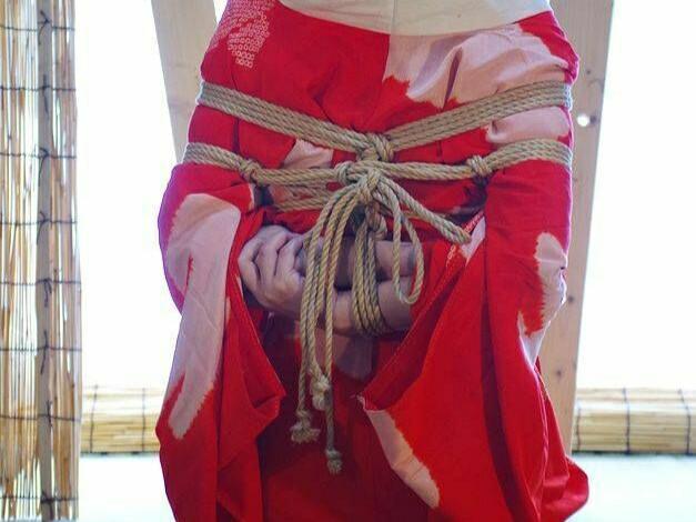 Shibari Seni Mengikat Sensual Dari Jepang! Asal Budaya BDSM!