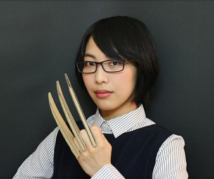 Kenalan Yuk Sama Minami Ohno, Si Cantik Yang Jago Menyulap Karton Menjadi Karya Seni!