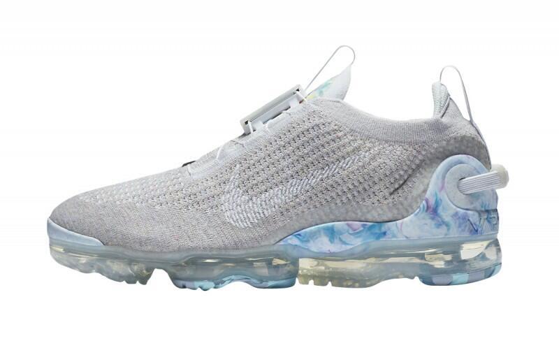 5 Sneakers Terbaru yang Akan Risil Bulan Ini! Lo Wajib Punya Gan!