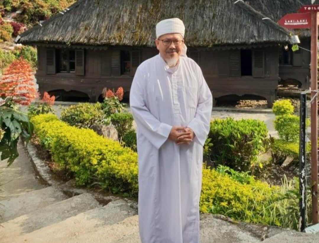 Tengku Zulkarnain : Pak Jokowi, Kenapa Rata-rata Pendukung Bapak Tidak Beradab?