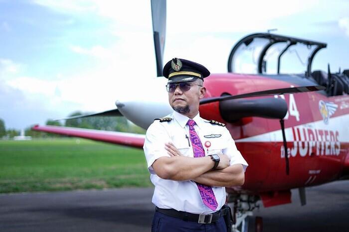 Demi Bertahan Hidup, Pilot Ini Banting Setir Jualan Mie Ayam