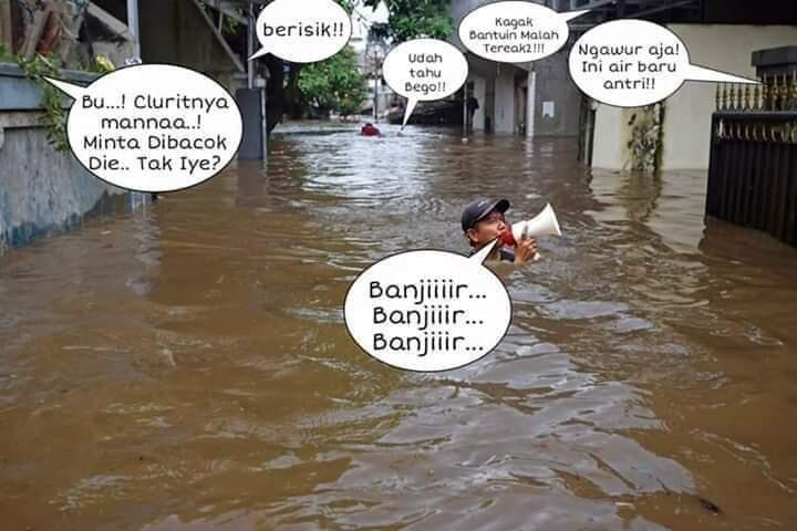 Hujan Deras, Banjir Rendam 3 RT dan 6 Ruas Jalan di Jakarta