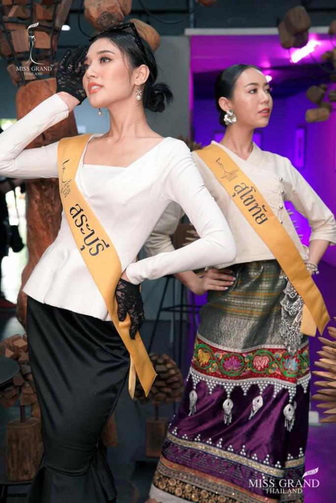 Cantik Dan Anggun, Ini Pesona Gadis Thailand Kenakan Traditional Costume