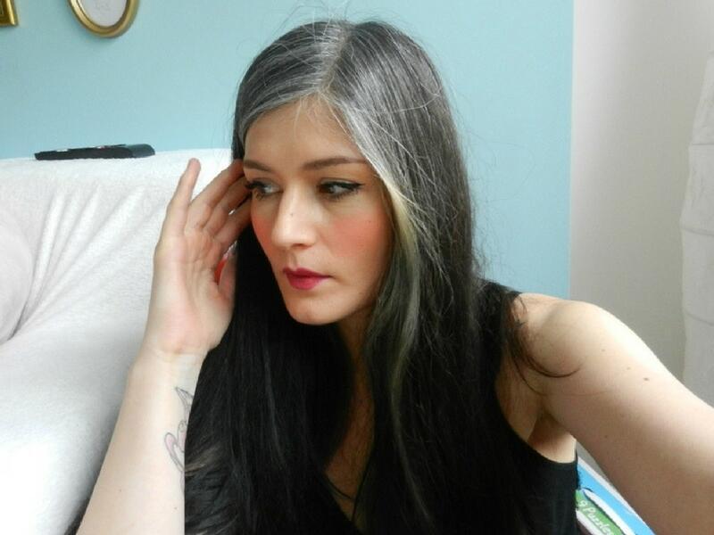 Cara Alami Yang Ampuh Menghilangkan Rambut Uban Di Usia Muda