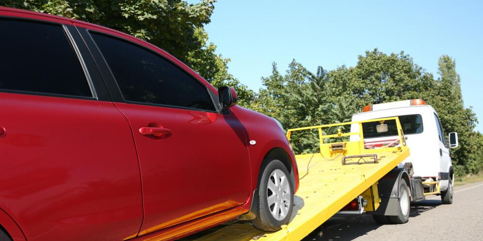 Mobil Matik Jangan Asal Derek, Salah – salah Transmisinya Bisa Rusak
