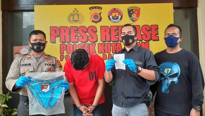 """""""Sedot"""" Alat Vital Pelanggan, Seorang Terapis di Banda Aceh Dibekuk Polisi"""