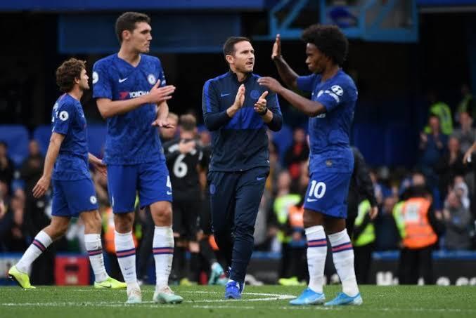 Kalah 0-2 akibat Bek dan kiper Chelsea terlalu pecicilan, tidak sadar siapa Liverpool