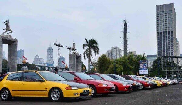 Mengenal Civic Estilo, Mobil Hatchback Lawas Dari Honda yang Kini Dihargai 300 Juta