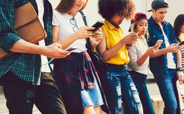 Mari Mengenal Pembagian Generasi, Remaja Zaman Sekarang Bukan Milenial