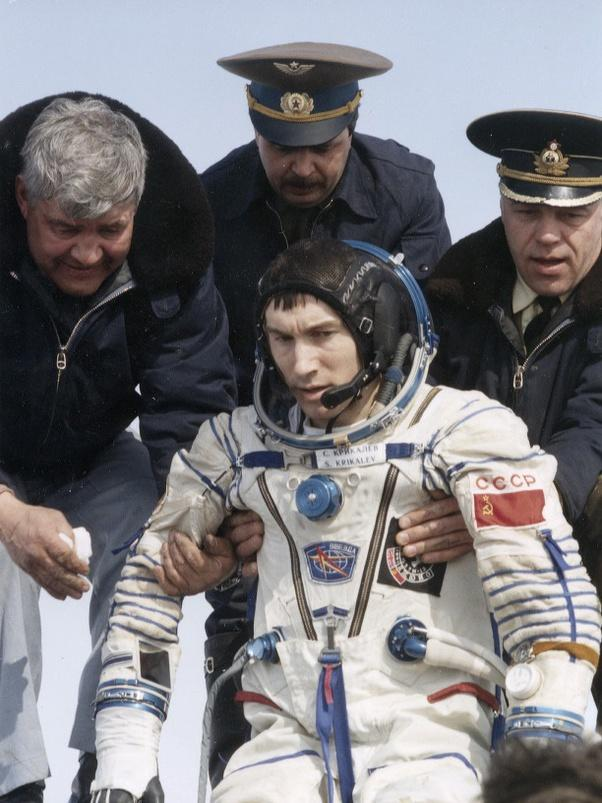 Astronotku Sayang, Astronotku Malang, Astronotku Apes