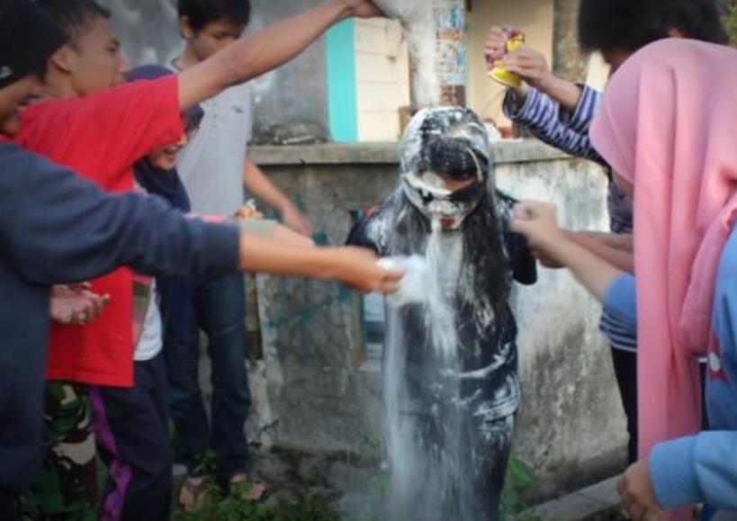 Budaya Konyol Ulang Tahun yang Harus Dilenyapkan dari Muka Bumi