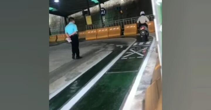 Gokils, Video Kejadian Saat Test SIM Di Luar Negeri Ini Bikin Ngakak Netizen+62!