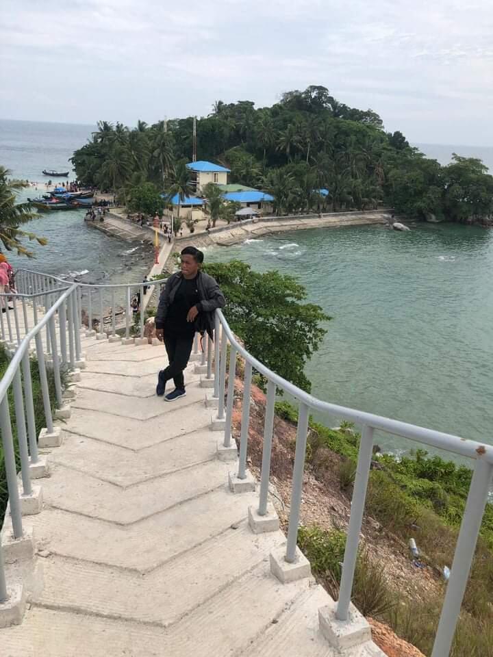 Pulau pandang yang Lokasinya Tak Jauh dari Pelabuhan Tanjung Tiram, Batubara