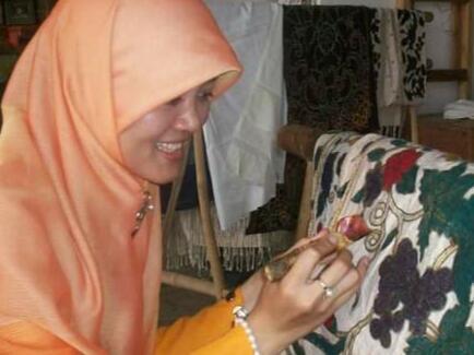 Hari Batik Nasional, Berikan Ucapan Kepada Sahabat, Saudara dan Orang-orang Tercinta