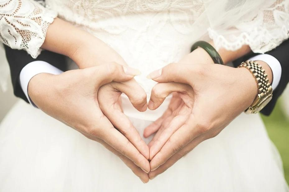 Menikah Dengan Sang Dosen, Kalau Jodoh Kenapa Tidak?
